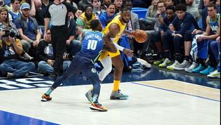 Nba: LeBron James fa piangere Dallas e infuriare Doncic, Bucks vincenti nonostante Antetokounmpo, sorriso Melli
