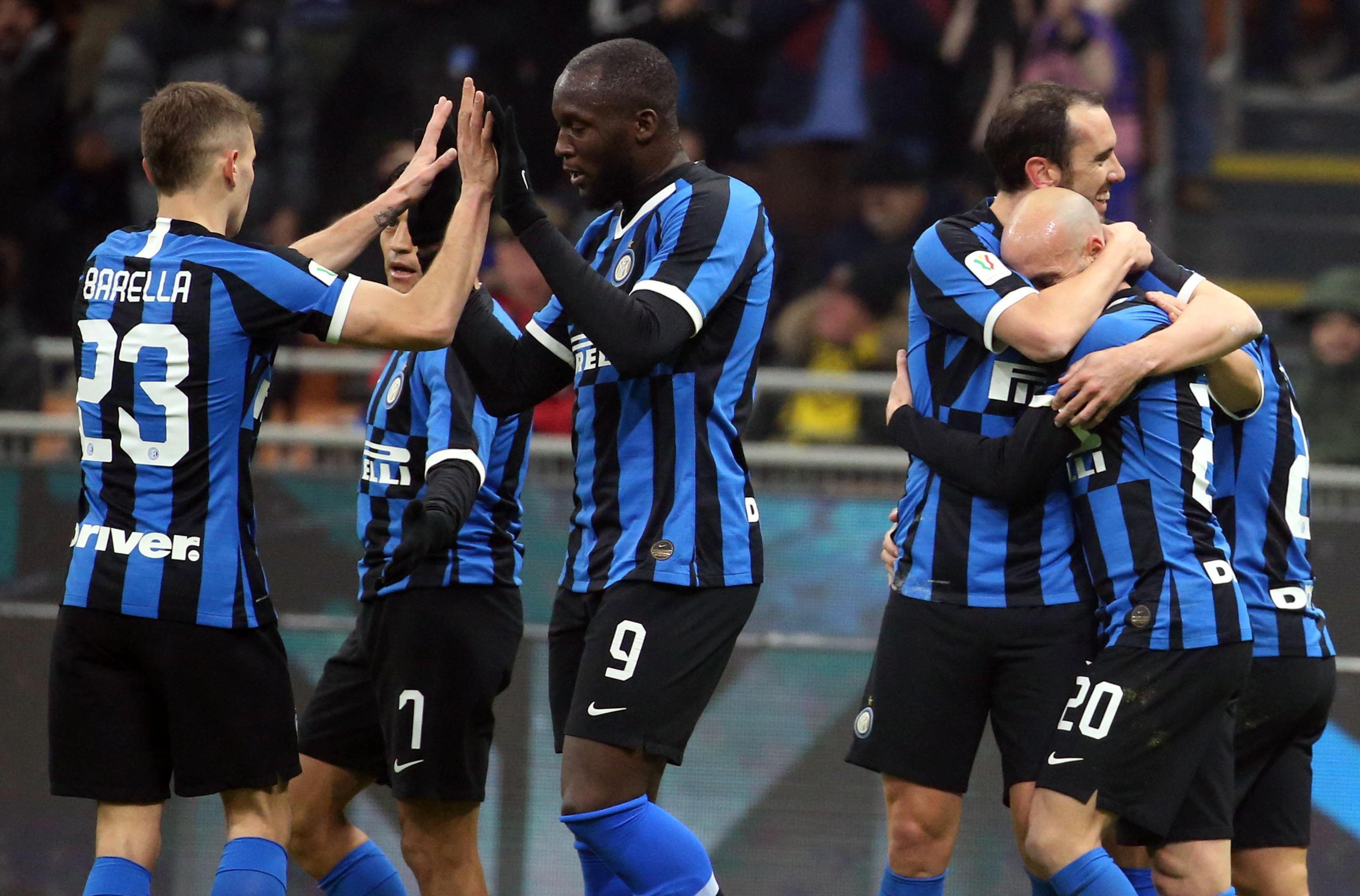 I nerazzurri battono 4-1 il Cagliari e passano il turno in Coppa Italia