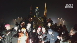 Pantani, gli amici in piazza per festeggiare i 50 anni