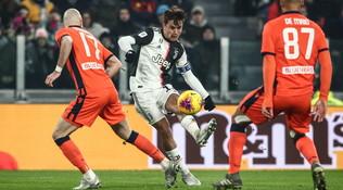 """Juve, """"siparietto"""" social Del Piero-Dybala: """"Bello far gol così... I poteri del numero 10"""""""