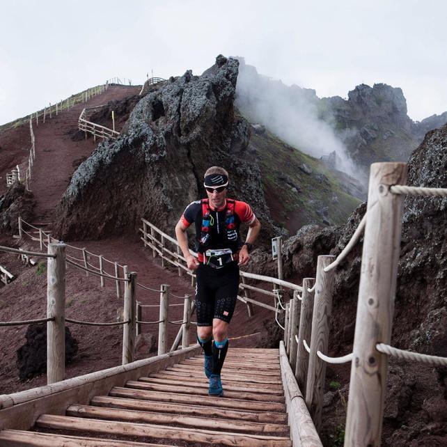 Vesuvio Ultra Marathon, un trail... vista mare