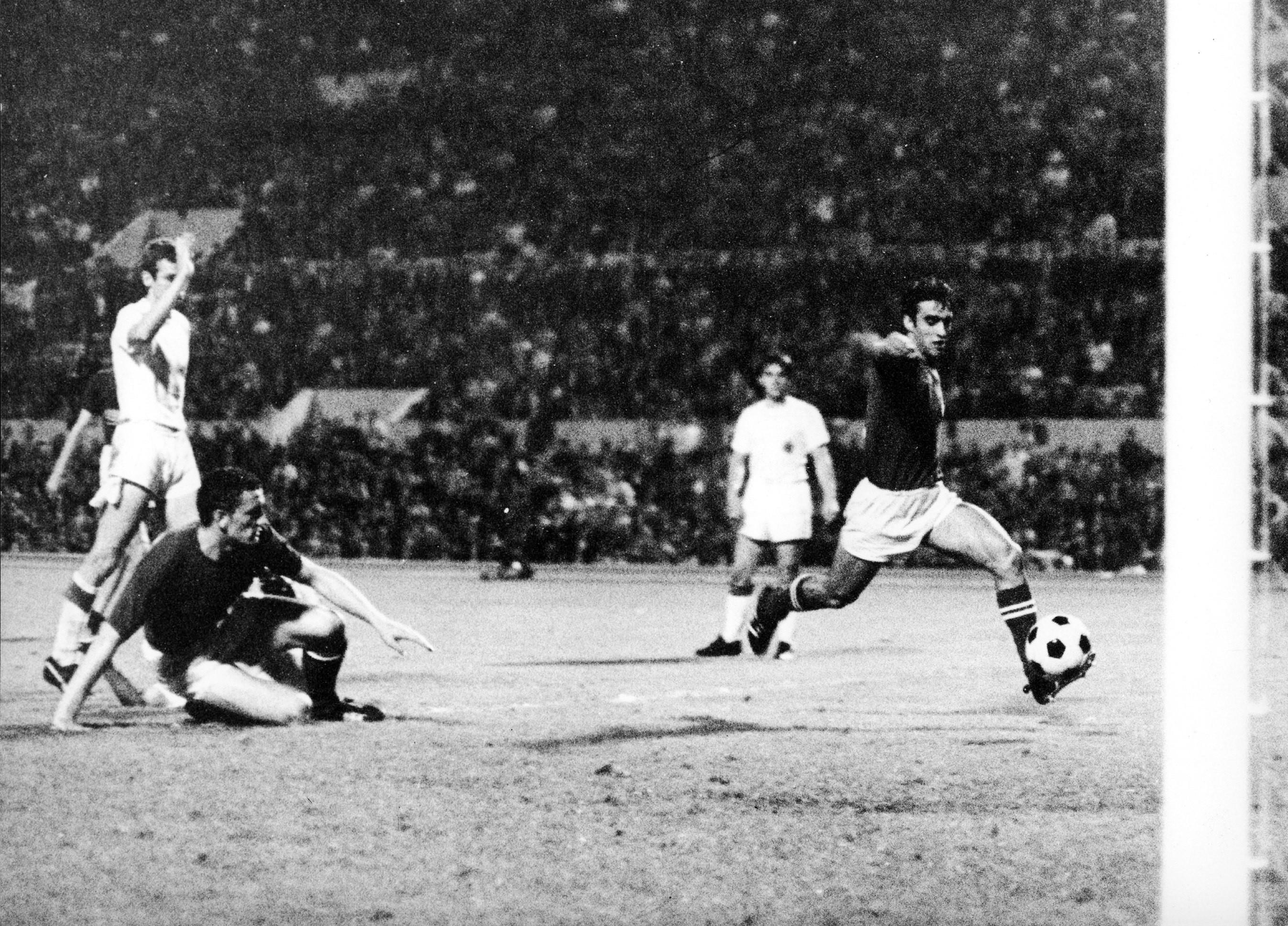 Tre scudetti con la Juve, una Coppa Italia con l'Inter: muore a 71 anni uno dei migliori attaccanti italiani degli anni '70