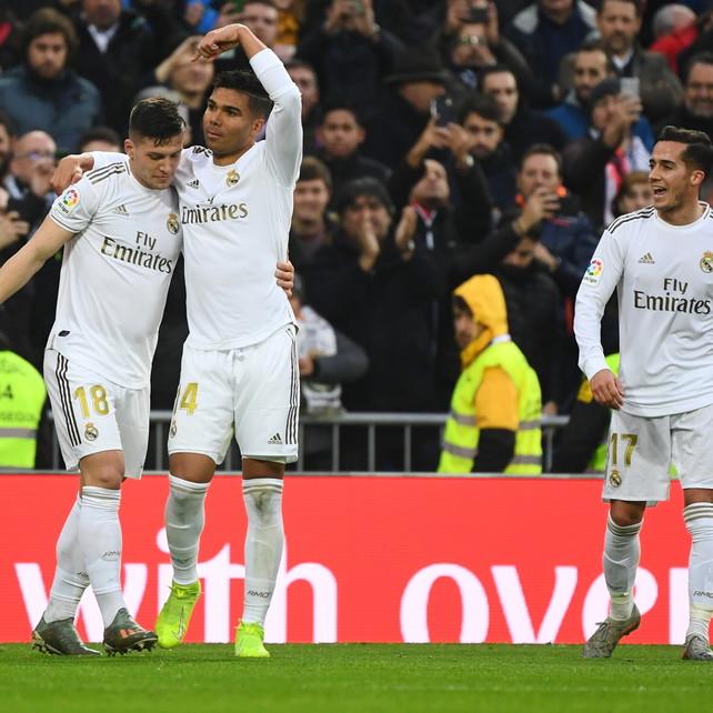 Casemiro stende il Siviglia, Real in vetta   Atletico Madrid ko