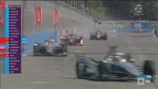 E-Prix Santiago: incidente, testacoda e volano alettoni in pista