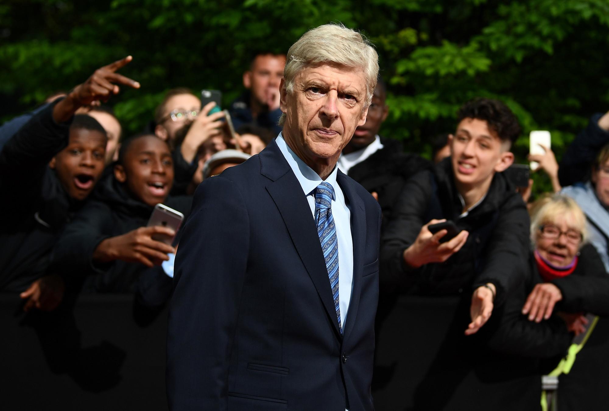 6) Arsene Wenger: 898 milioni di euro, Aubameyang-Arsenal colpo più costoso (65 milioni)
