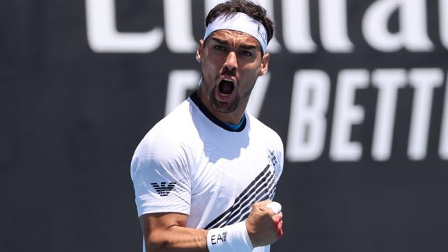 Fognini in rimonta, Sinner in scioltezza: italiani ok agli Australian Open