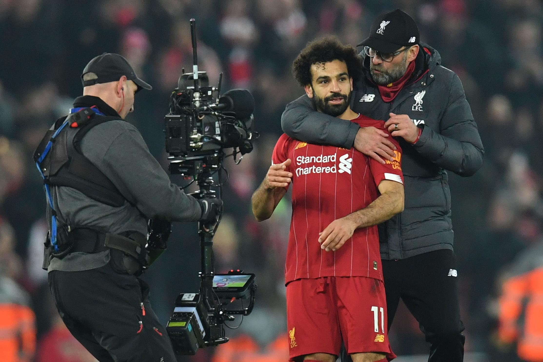 19 gennaio 2020: Klopp abbraccia Salah dopo Liverpool-Manchester United