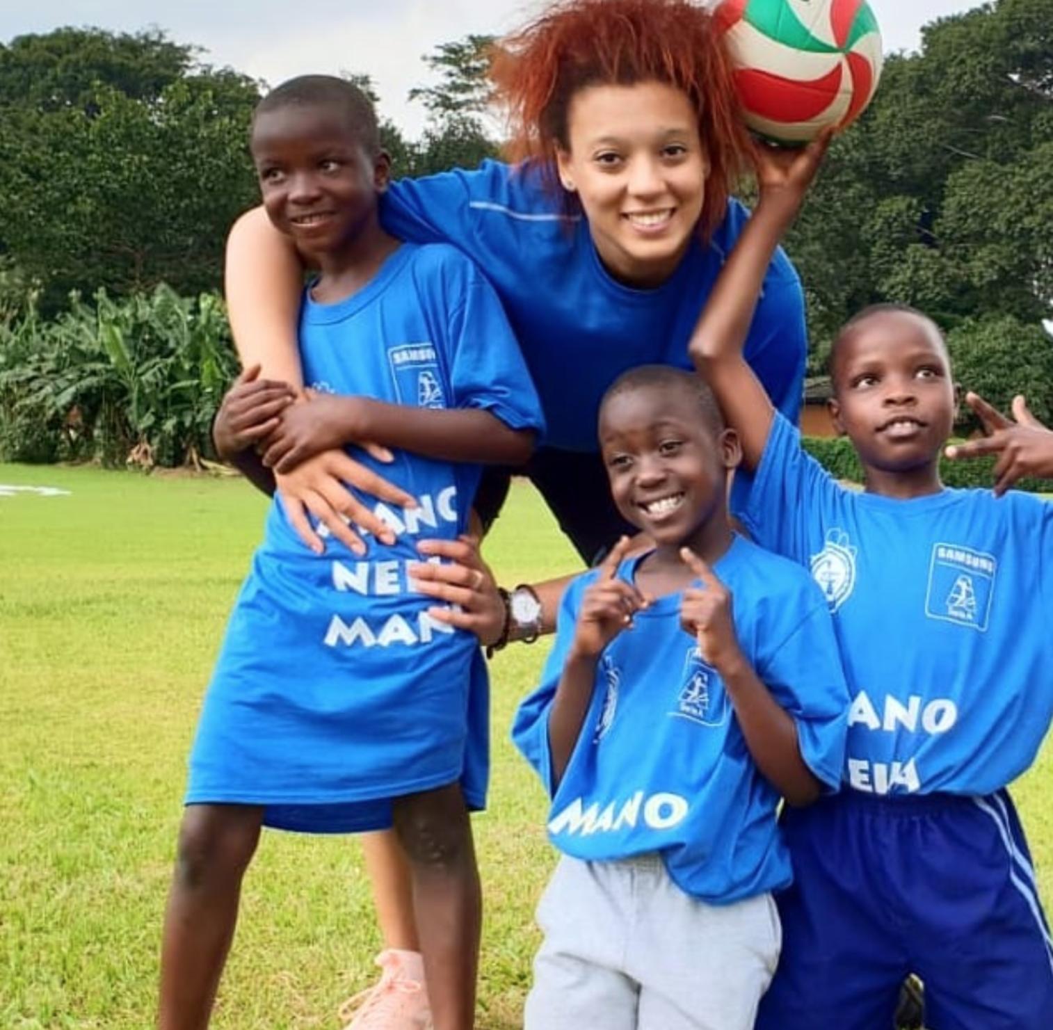 Madre italiana e padre senegalese, nel 2018 il viaggio in Uganda all'insegna della solidarietà.