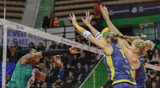 Scandicci vince al tie-break, Conegliano esagerata