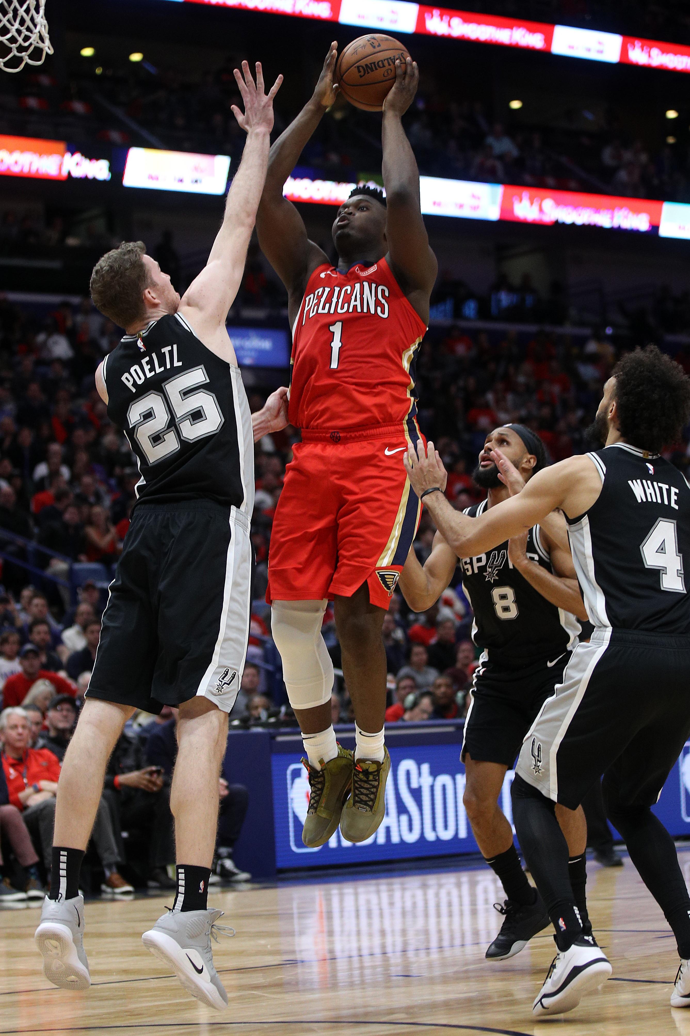 C'era grande attesa per vedere il debutto in Nba con i New Orleands Pelicans di Zion Williamson, prima scelta al Draft 2019. Il 19ennenon ha...