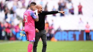 "Man City, sorpresa Guardiola: ""I rigori li tira Ederson"""