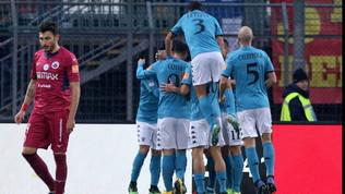 Il Benevento fa il vuoto: +15 sul Pordenone ko in casa col Pescara