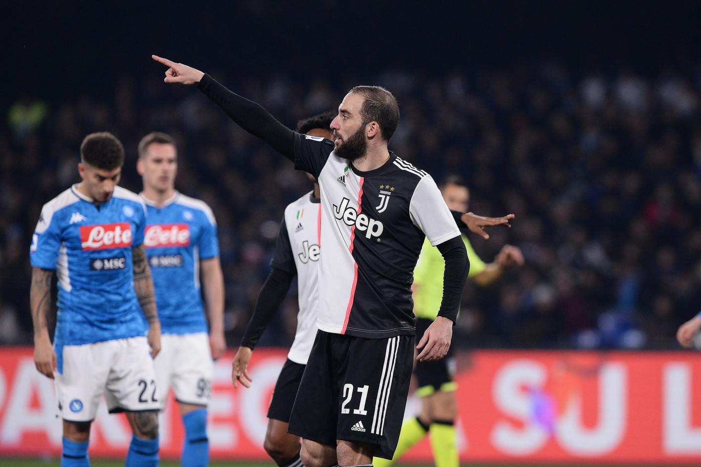 Le immagini della sfida di Serie A: Sarri è tornato a Napoli sfidando la squadra di Gattuso