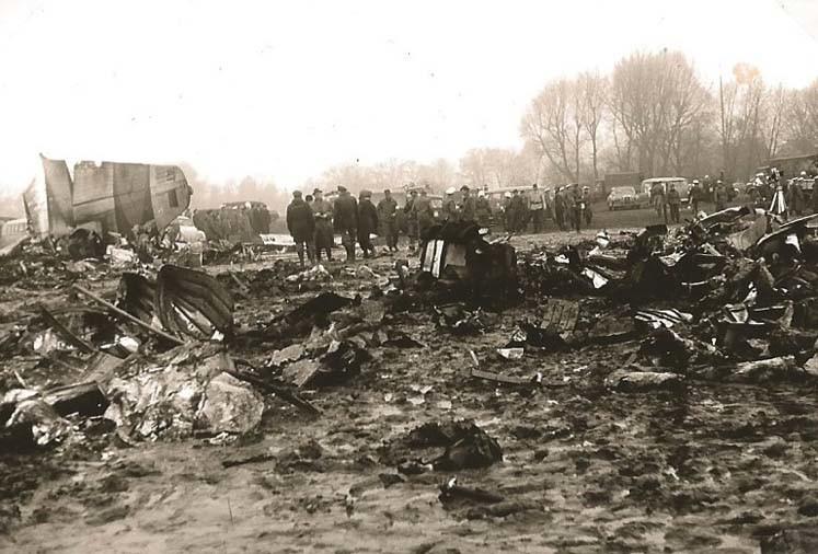 7 novembre 1966: all'aeroporto di Brema si schianta l'aereo della nazionale italiana di nuoto, 7 atleti e l'allenatore morto
