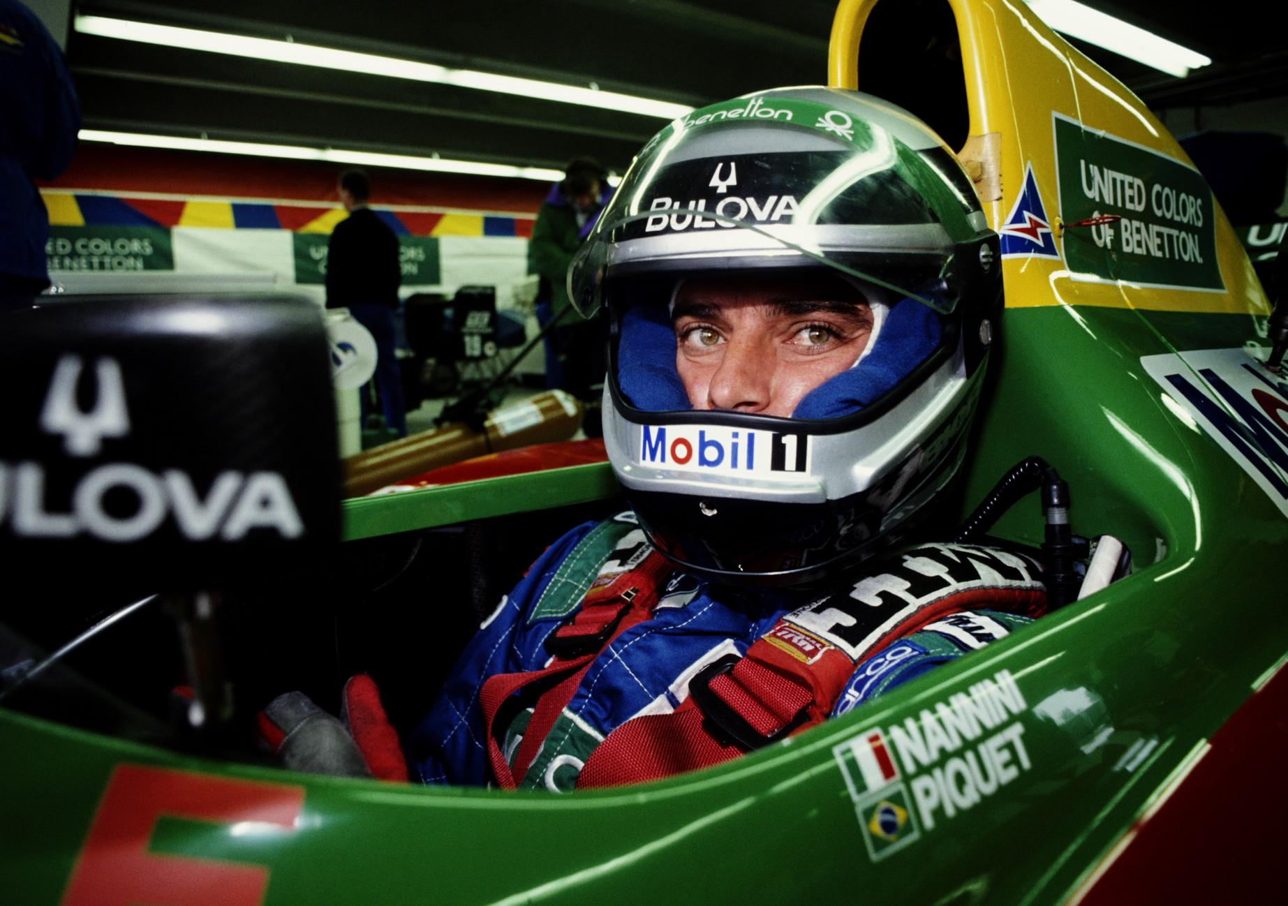 12 ottobre 1990: il pilota Alessandro Nannini perde l'avambraccio destro (che poi gli fu reimpiantato) in un incidente in elicottero