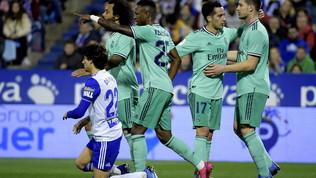 Il Real non commette errori, Valencia avanti col brivido