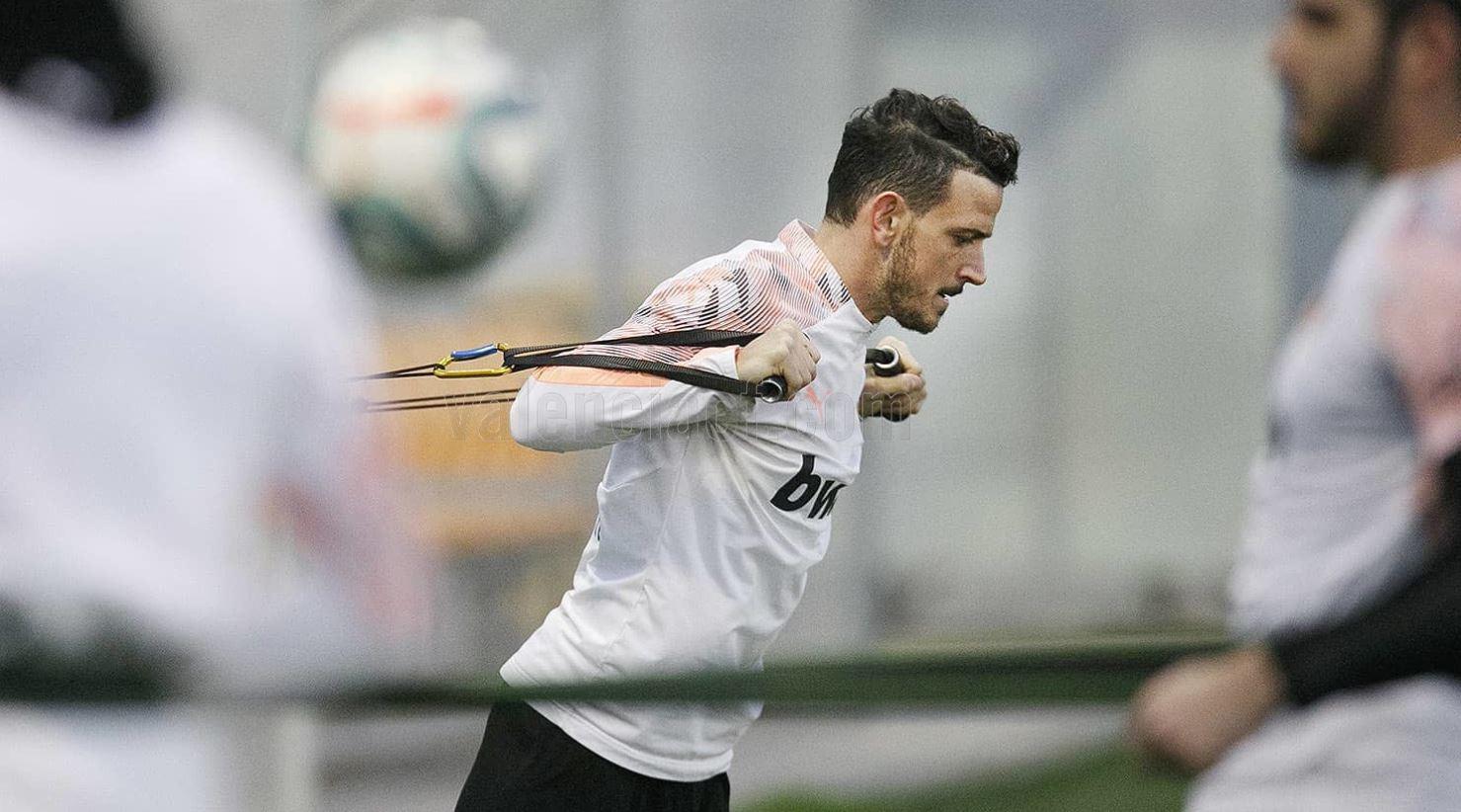 Alessandro Florenzi ha svolto il primo allenamento con il Valencia.