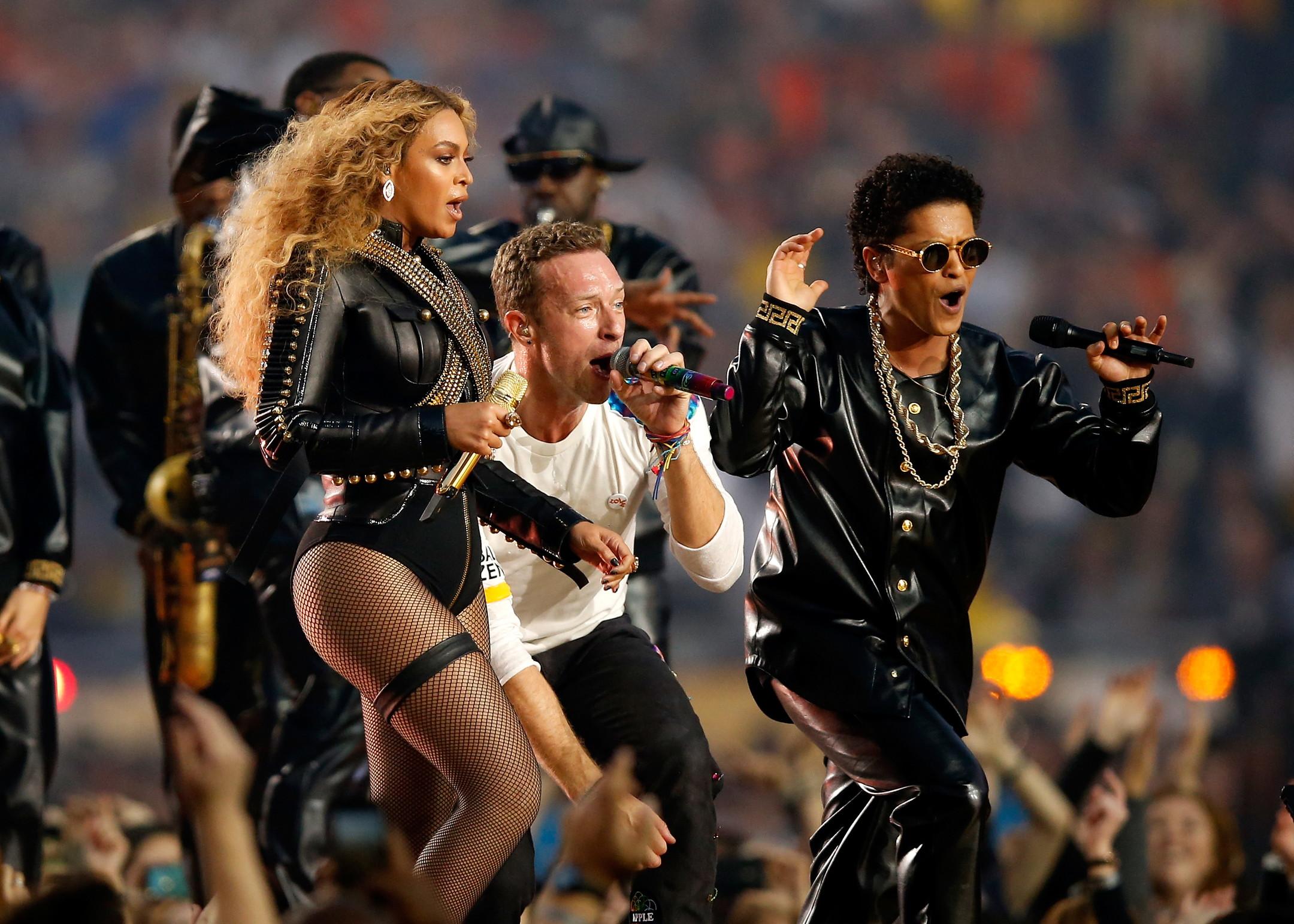 Beyoncé è poi tornata nel 2016, esibendosi con i Coldplay e Bruno Mars.