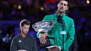 Djokovic, ottava meraviglia e n° 1: Thiem piegato al 5° set