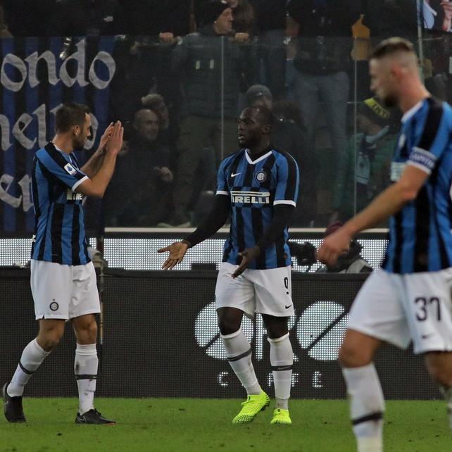 L'Inter batte Udinese epareggite con super-Lukaku. Eriksen in ombra