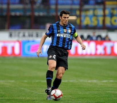 INTERISTA CON PIÙ DERBY: Javier Zanetti (45)