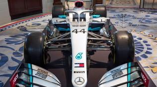 F1,Mercedes: svelata la livrea 2020
