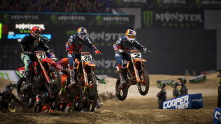 Con Monster Energy Supercross 3 diventate pilota ufficiale
