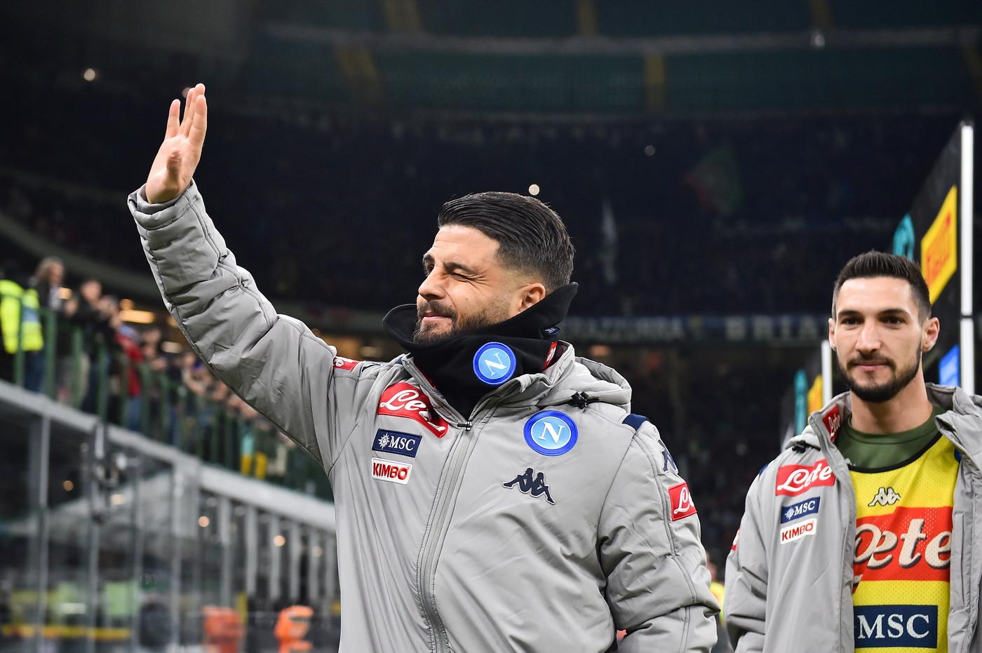 Una prodezza dello spagnolo regala il successo al Napoli nella semifinale di andata di Coppa Italia a San Siro. Ora all'Inter di Conte servir&agra...