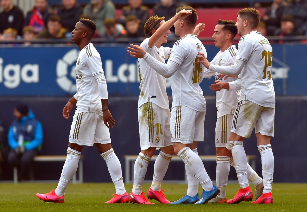 1) Real Madrid -181 milioni (330 spesi, 149 guadagnati)