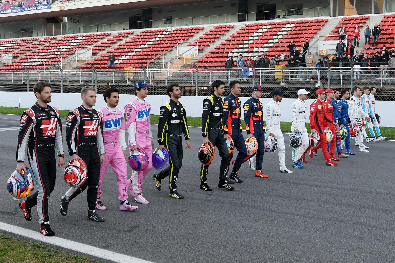 A Barcellona presentazione anche dei venti piloti per la nuova stagione di F1.<br /><br />