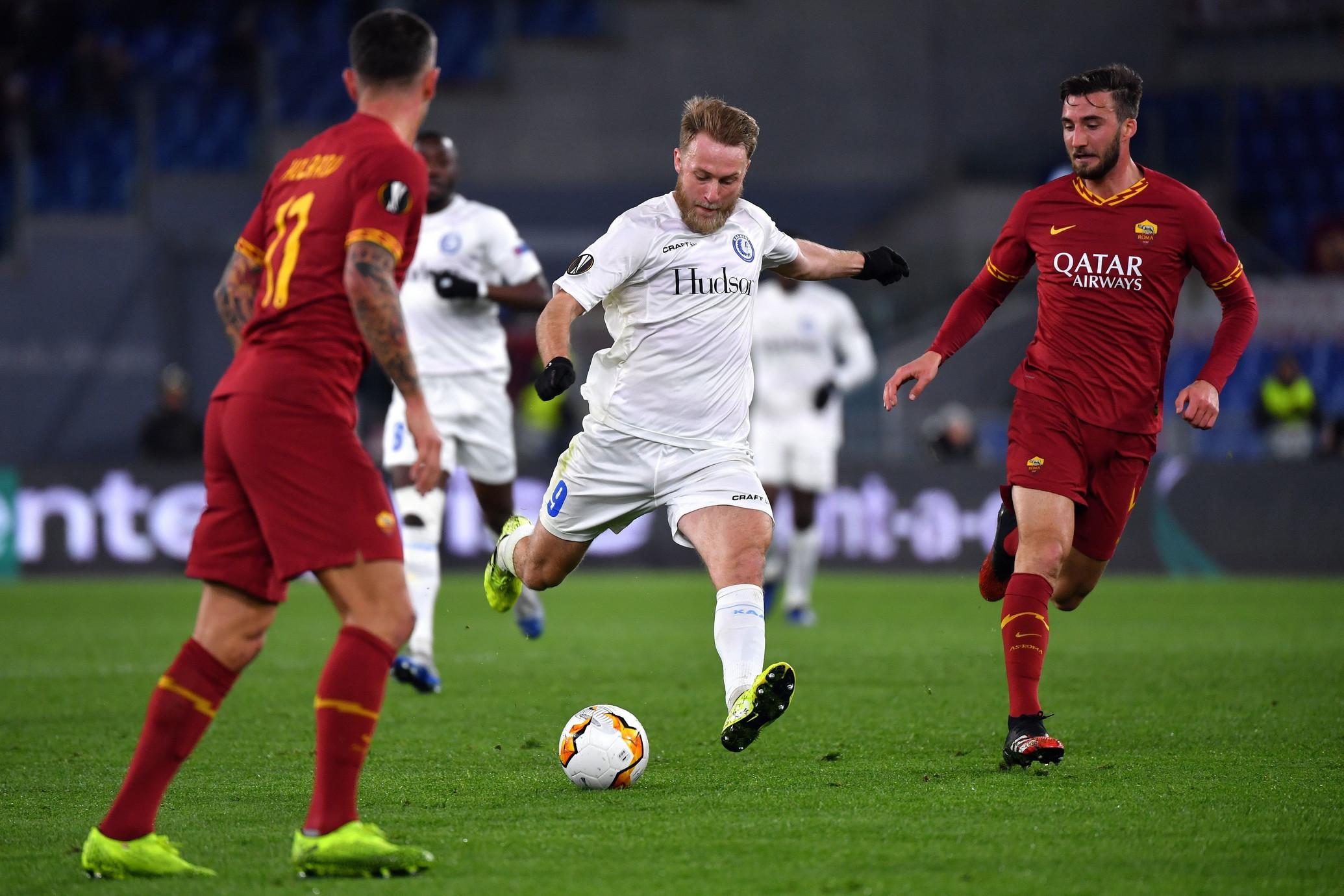 Partita di sofferenza per i giallorossi: decide il primo gol di Carles Perez