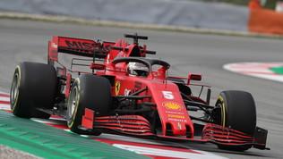 """Vette vola con il """"trucco"""", la Mercedes appieda Hamilton"""