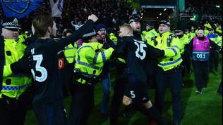 Gol e rissa con lo steward: al Celtic Park succede di tutto