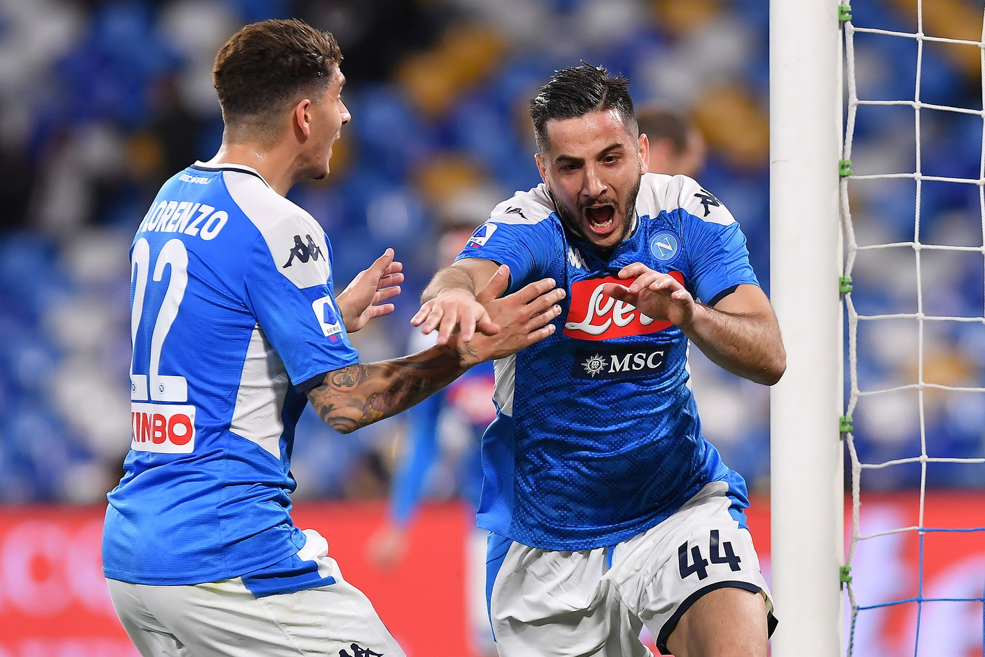 Le immagine della sfida del San Paolo tra gli azzurri di Gattuso e i granata di Longo