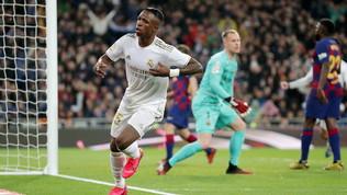 Real Madrid-Barcellona 2-0, il Clasico in foto