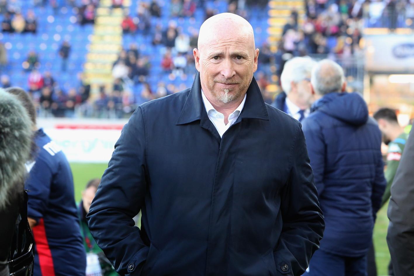 Con l'esonero di Rolando Maran da parte del Cagliari, sale a 13 il numero delle panchine saltate in appena 26 giornate del campionato di calcio di...