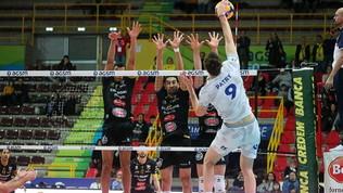Verona piega Cisterna al tiebreak e sogna i playoff