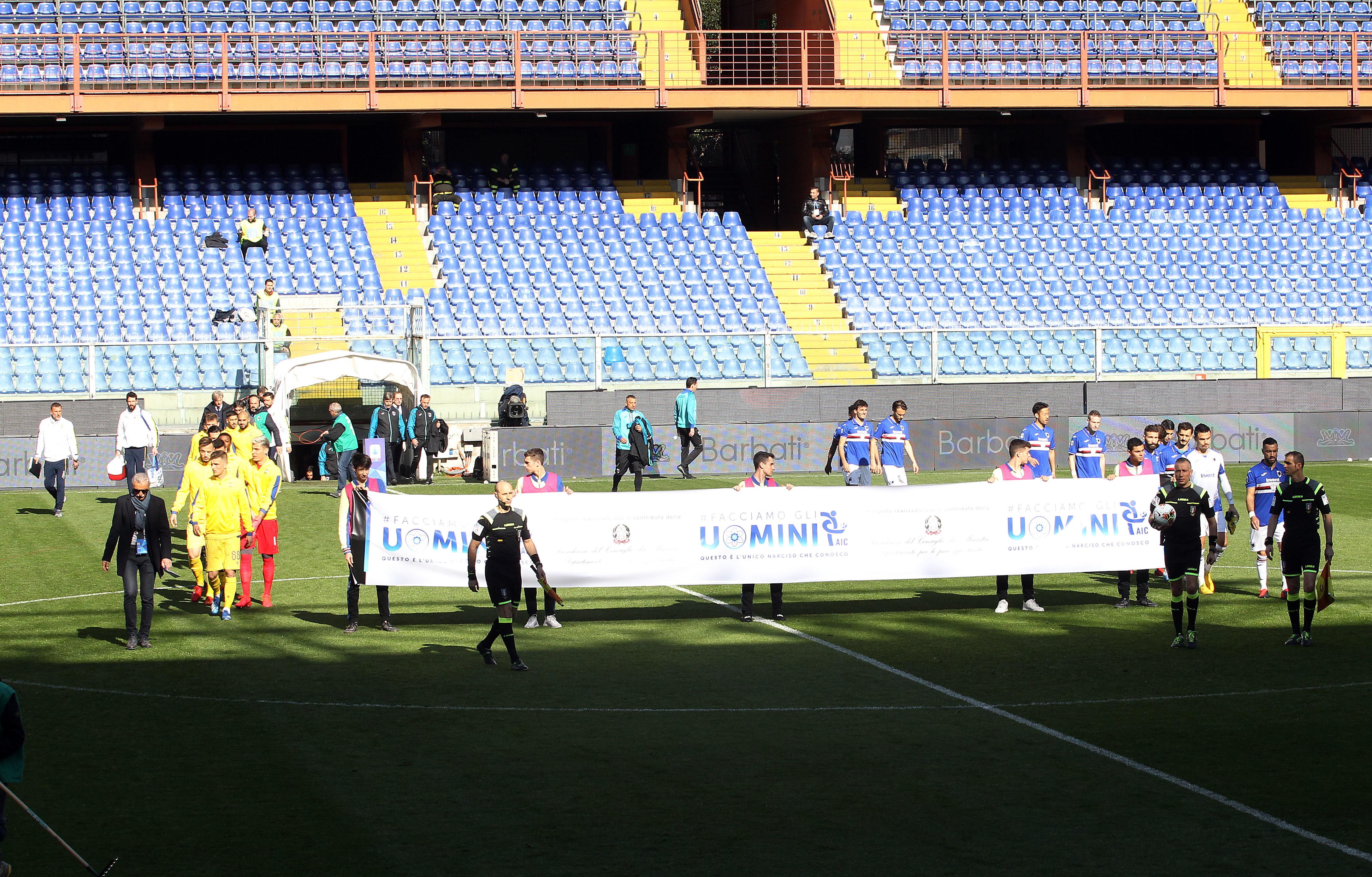 Nel recupero della 26a giornata di Serie A, la Sampdoria batte 2-1 a Marassi in rimonta il Verona e conquista tre punti fondamentali in chiave salvezza. Dopo l&#39;autorete di Audero, doppietta di Quagliarella.<br /><br />