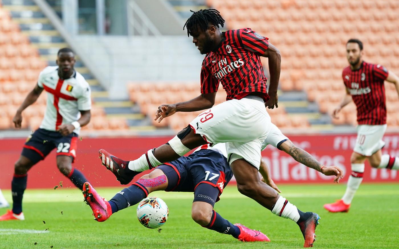 In un San SIro spettrale, i rossoneri di Pioli hanno perso 1-2 contro il Genoa di Nicola