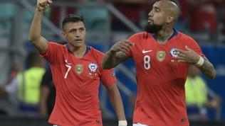 Il Cile mette in quarantena Sanchez e Vidal. Medel a rischio