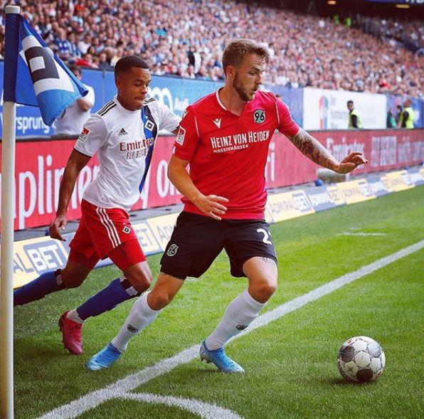 Jannes Horn (Calcio-Hannover)