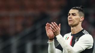 """Cristiano Ronaldo: """"Prudenza e attenzione. Un pensiero a chi soffre, lotta e combatte il virus"""""""