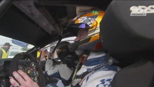 Rally Messico, Ford in fiamme. Piloti in fuga