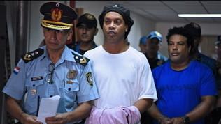 Ronaldinho, offerti 1,5 milioni per gli arresti domiciliari