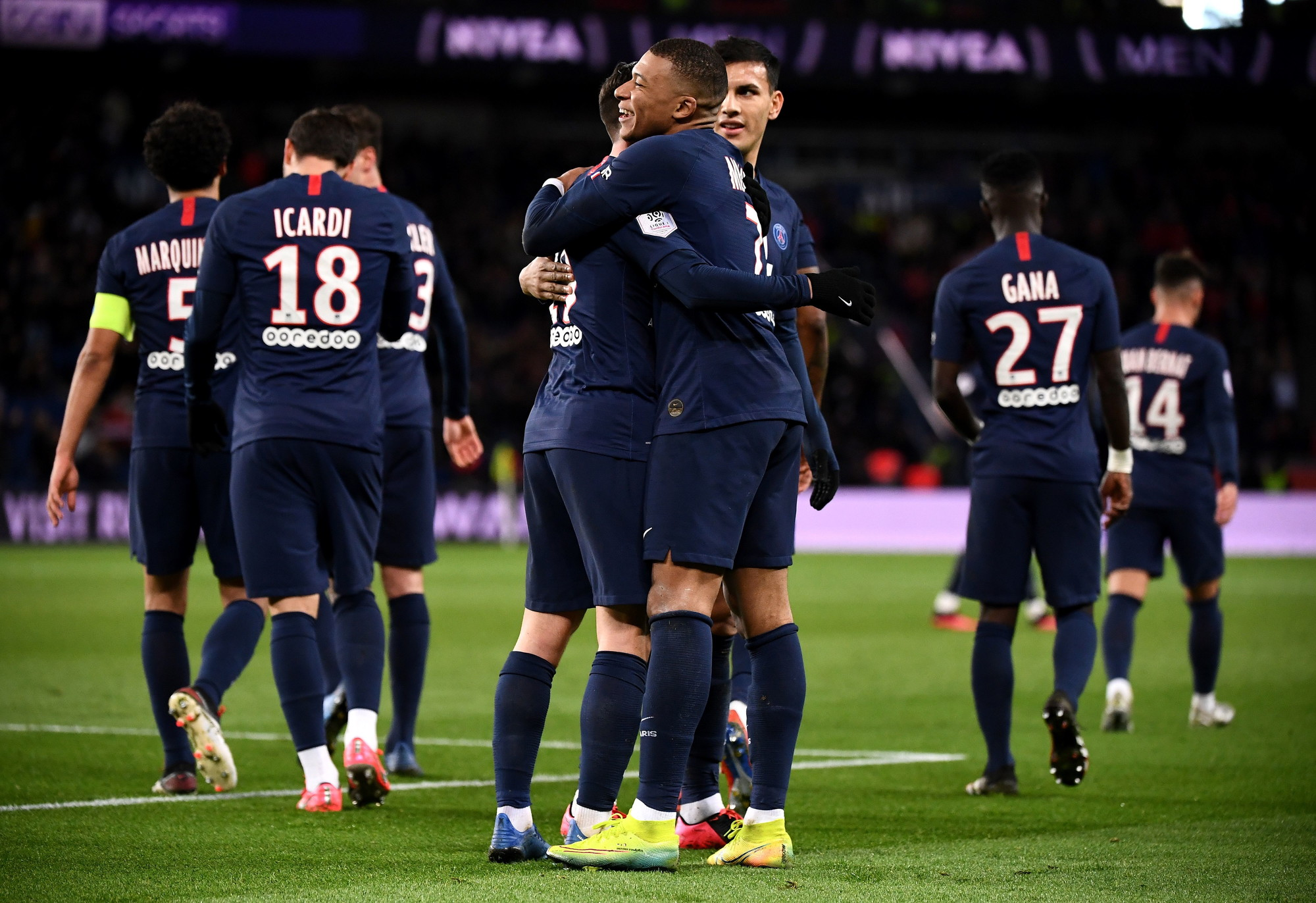 7) Paris Saint Germain: 979 milioni di euro
