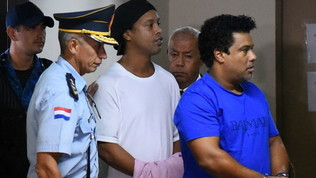 Paraguay, la posizione di Ronaldinho si aggrava: si indaga su una donna