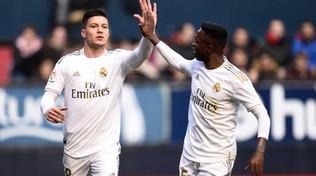 Fuga da Madrid per la fidanzata, denunciato Jovic