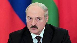 """Bielorussia, si gioca a porte aperte: """"Bevete vodka"""""""