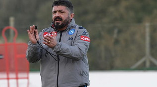 Il Napoli va controcorrente: gli allenamenti ripartono il 25 marzo