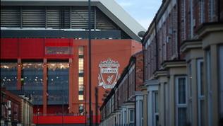 Liverpool, resse nei supermercati: i Reds offrono gli steward
